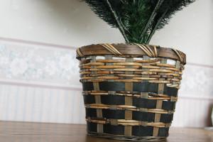 グローバルトレード社のクリスマスツリー、鉢の部分をアレンジ♪