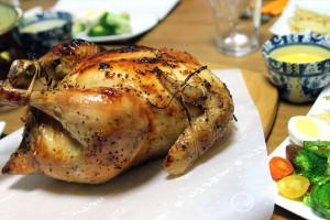 クリスマスに丸鶏のオーブン焼きを作りました♪